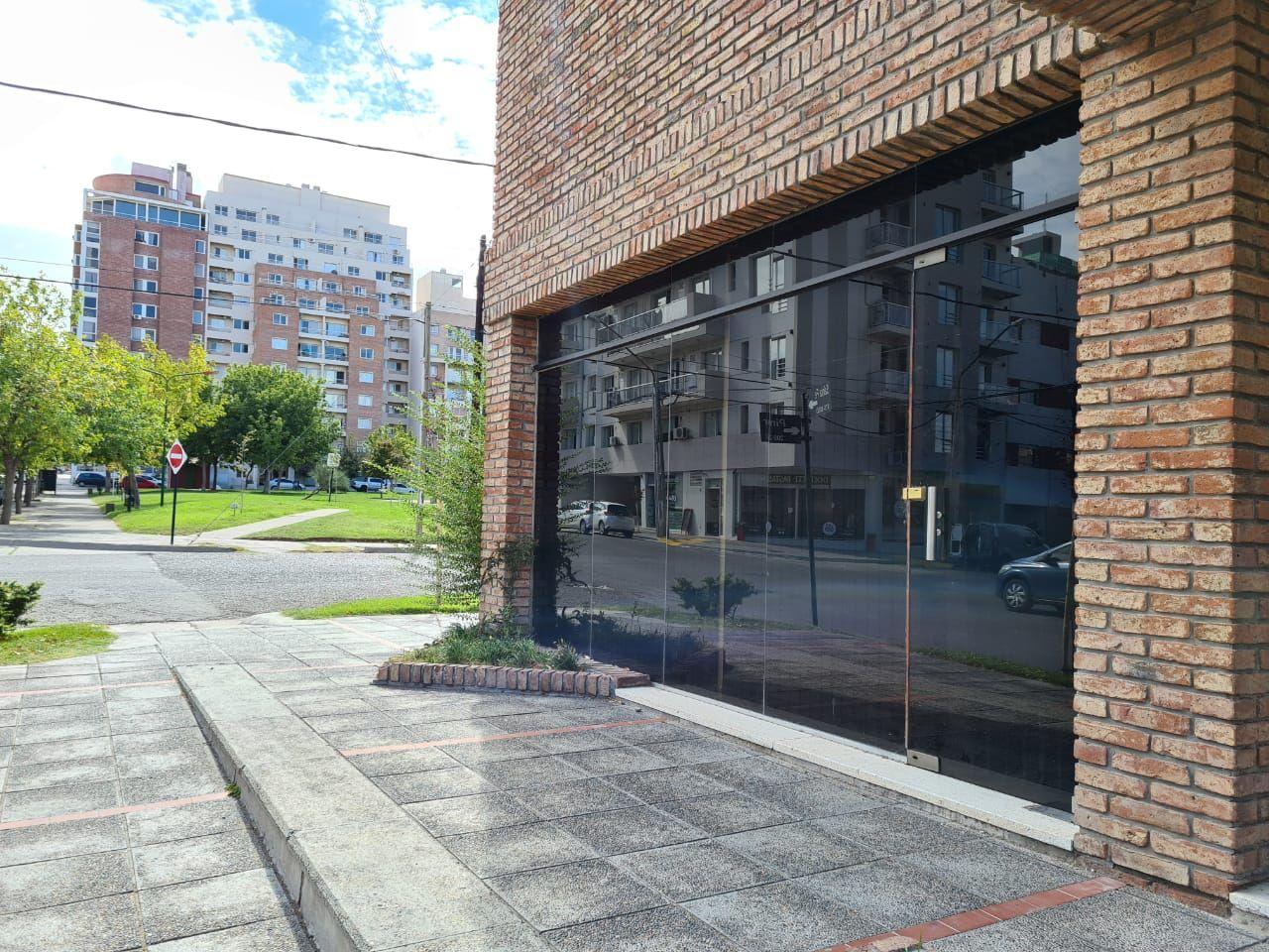 Oficina en alquiler ubicado en Área Centro Este