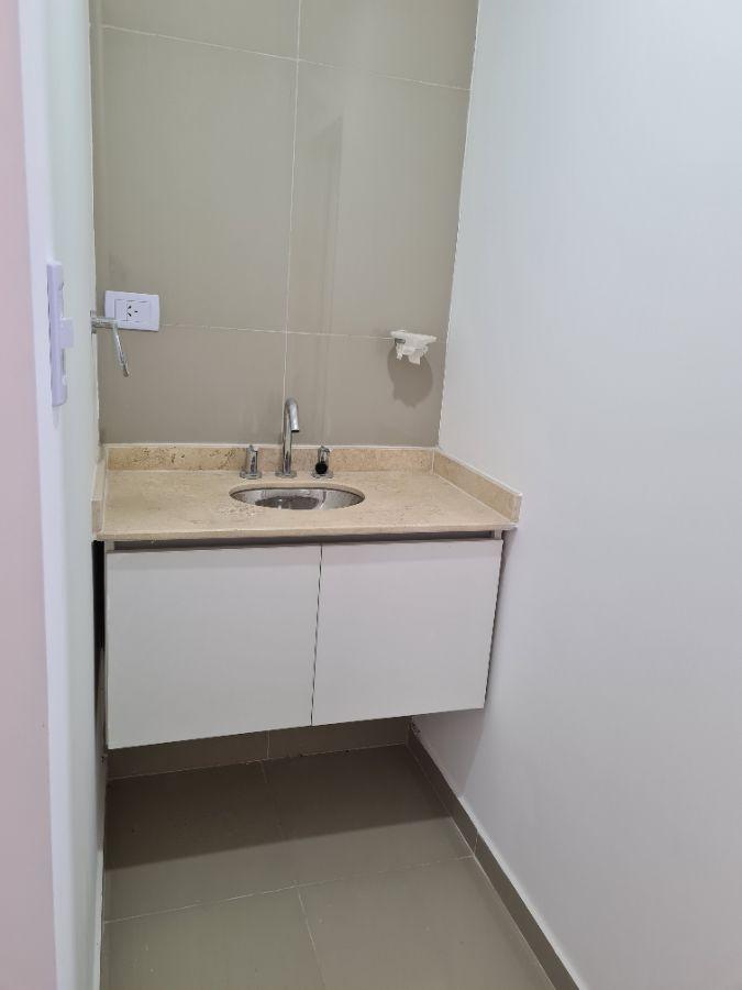 Departamento en alquiler de 2 dormitorios c/ cochera en Área Centro Oeste